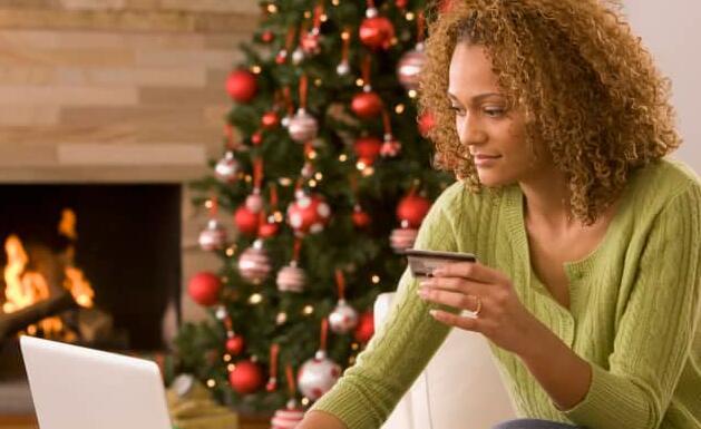 如何在不损害您的个人财务数据的情况下抢购网络星期一在线购物交易
