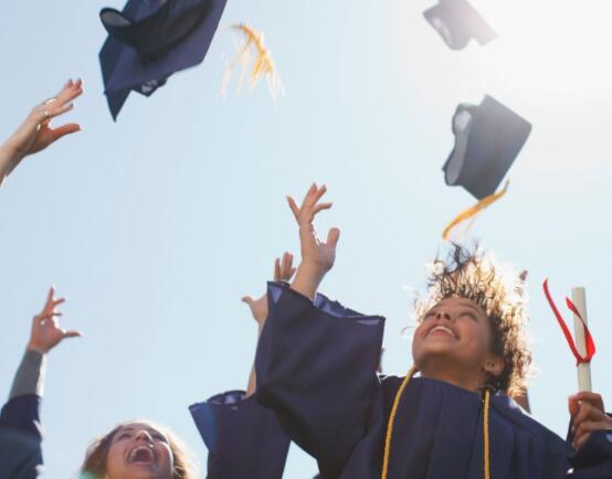 这家学生贷款机构在最近几个季度实现了稳健的净收入增长
