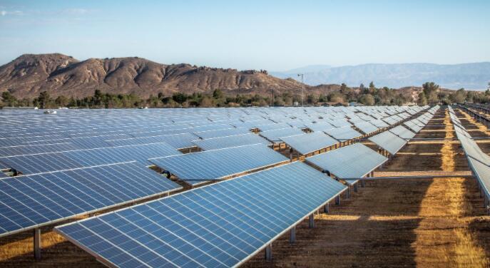 能源转型就在这里 从可再生能源增长中获利的3只股票