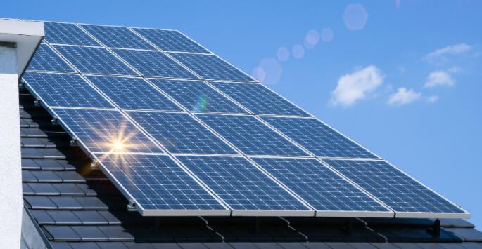 为何太阳能股周五再次暴涨