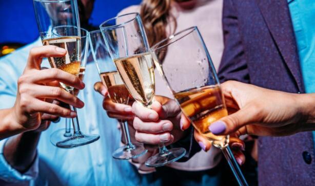 星期一是新年股票市场庆祝活动的地方