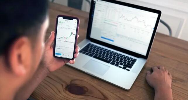在首个交易日购买IPO股票需要付费吗