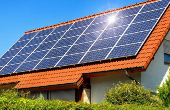 为何一日之内太阳能股暴跌