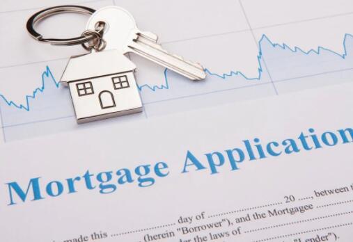 抵押贷款申请在一年内飙升了42%
