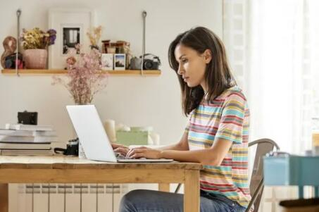 想要再融资 它可以付钱从您当前的贷款人开始