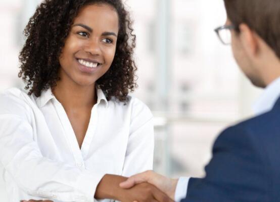 超过一半的英国雇主计划招聘员工