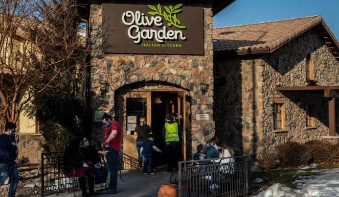 Olive Garden母公司的收益超过预期 预计下个季度的销售将会强劲