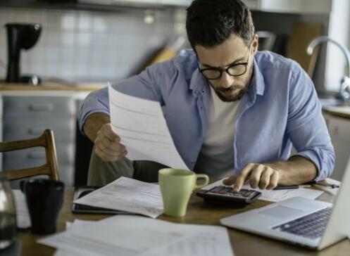 遵循戴夫·拉姆齐的建议可能会使您陷入财务困境
