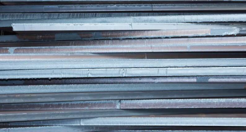 为什么美国钢铁公司和克利夫兰悬崖公司提高了收入指引