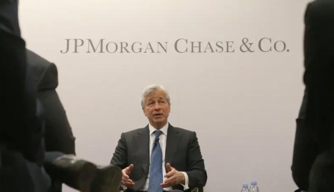 摩根大通首席执行官杰米·戴蒙加入亿万富翁俱乐部