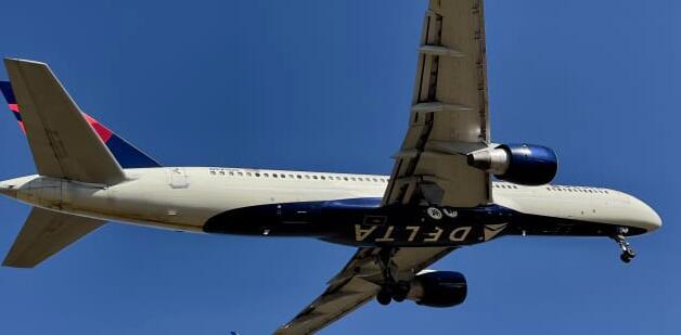 达美航空公布近12亿美元的季度亏损 由于预订量的增加预计6月份将达到收支平衡