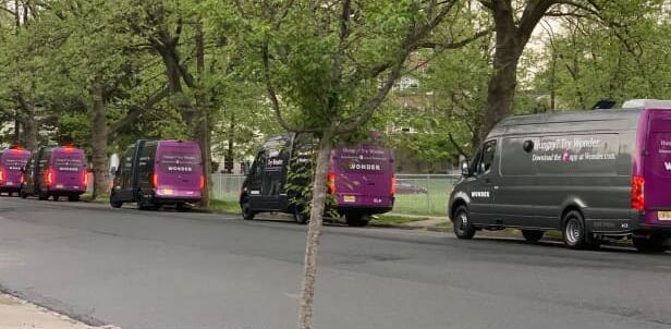 马克·洛尔下一次吸引富裕消费者的尝试 大量的按需食物卡车
