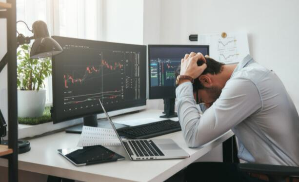 市场下跌 这是长期持有的1只股票