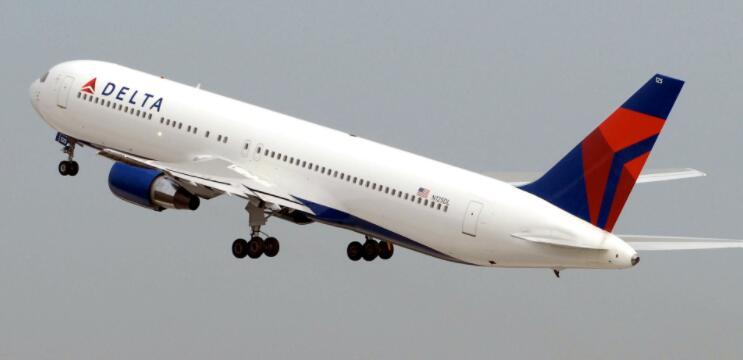 美国航空公司加强指导但落后于竞争对手