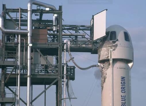 杰夫贝索斯说蓝色起源太空旅游航班的销售额已经接近1亿美元
