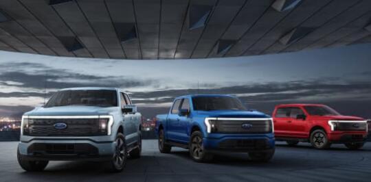 福特在第二季度意外获利后上调2021年展望