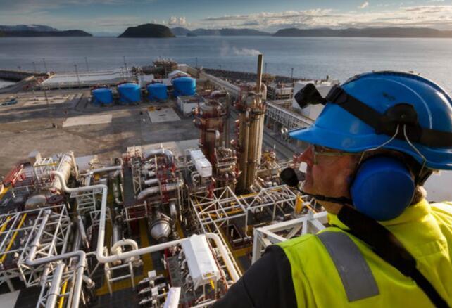 这家液化天然气初创公司现在已经获得了足够的业务 可以证明建造其第一个出口设施是合理的