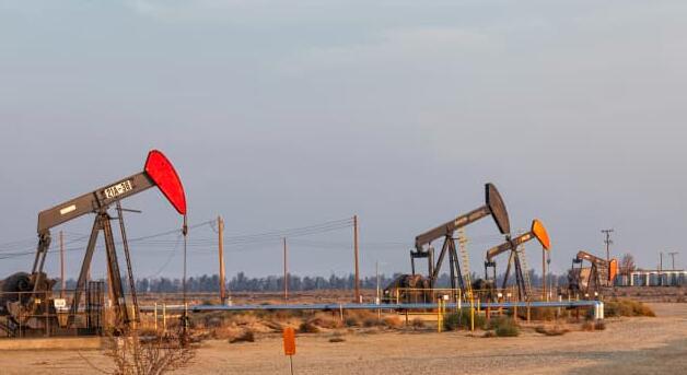 油价涨幅高达6%结束自2019年以来最长的连跌