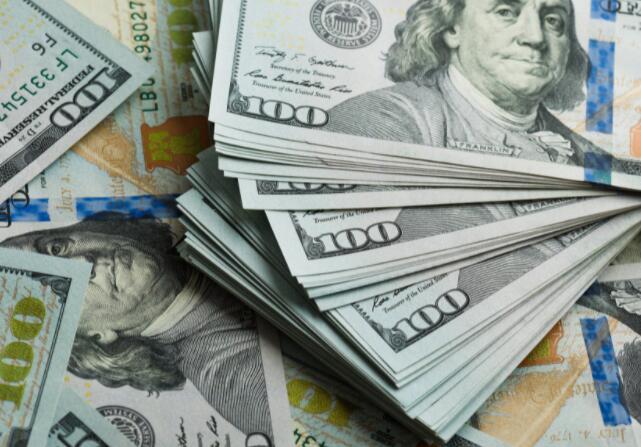 这些ETF可以帮助您将储蓄提高到高位