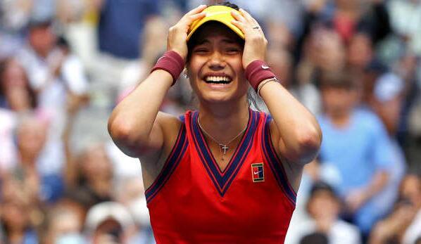 英国网球选手艾玛·拉杜卡努赢得美网女子决赛