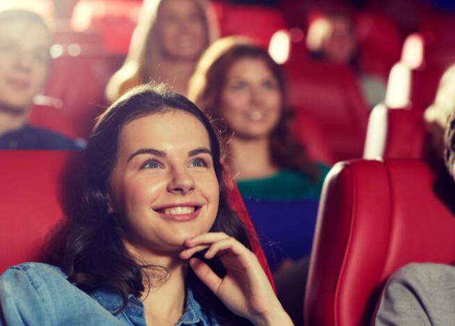 AMC股票今天上涨 电影制作巨头的重大宣布可能有助于剧院连锁店的复苏