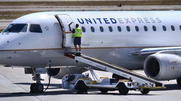 为美国主要航空公司运营的区域航空公司尚未强制要求员工接种疫苗