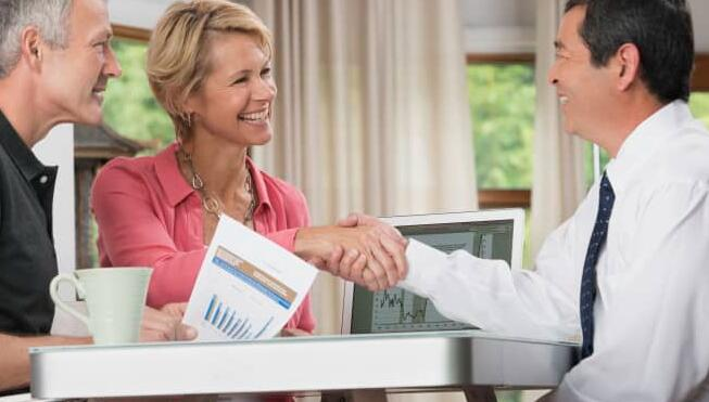 以下是如何为您选择合适的财务顾问