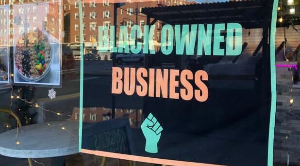 与保诚续约后新泽西魔鬼队将在头盔上印上黑人拥有的商业标志
