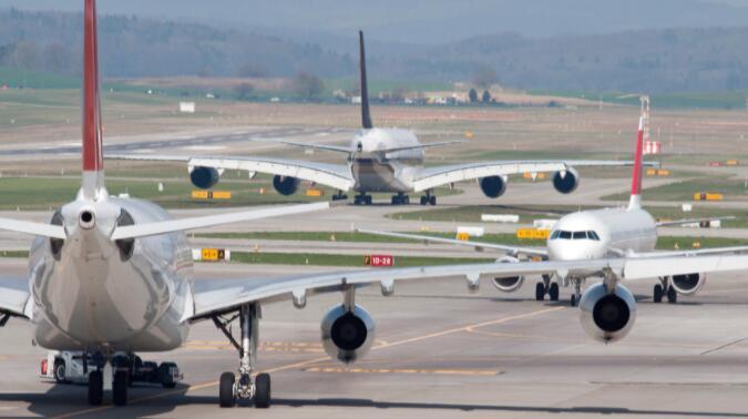 为什么像西南航空和联合航空这样的航空公司股票在周三停飞